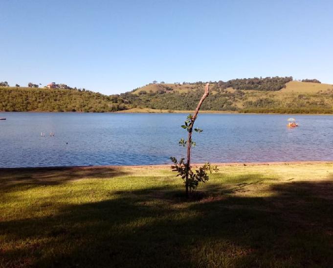 Linda área (1.300m²) na beira do lago - Boa V. AparecidaPR