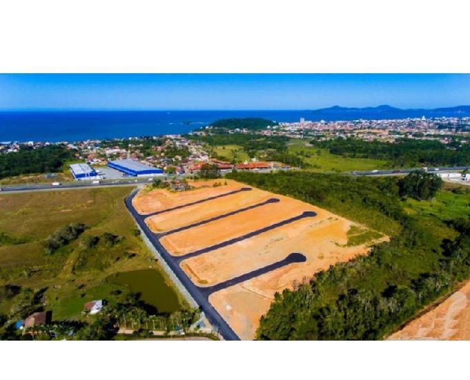 Terreno com infraestrutura completa, parcelo em 12x