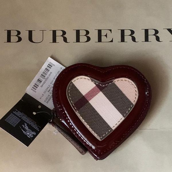 Carteira burberry 100% original coração
