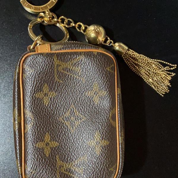 Mini pochette louis vuitton (carteira)