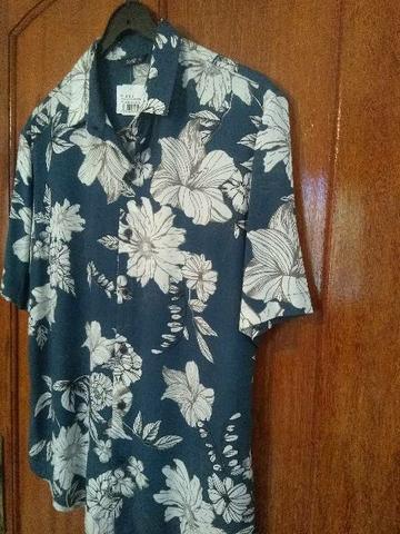 Camisa m.c flora em viscose nova