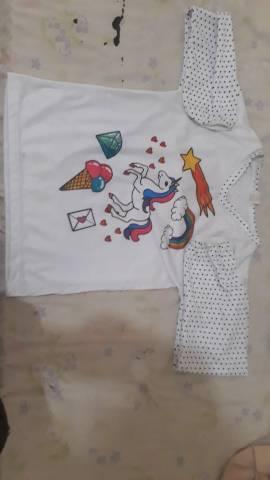 Camisa infantil unicórnio
