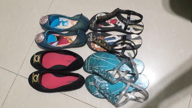 Sapatilha e sandália