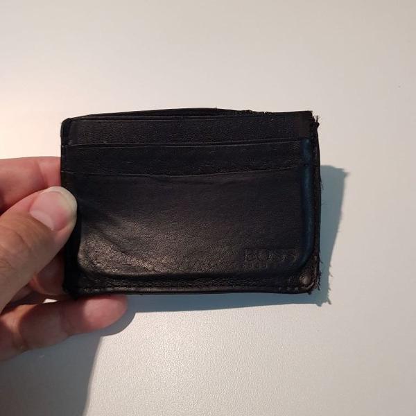 Carteira porta cartões couro hugo boss (cor preta)
