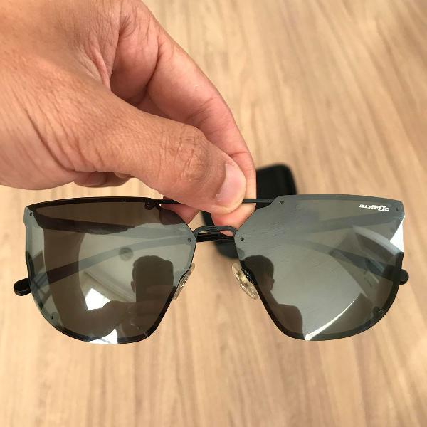 oculos escuros arnette espelhado