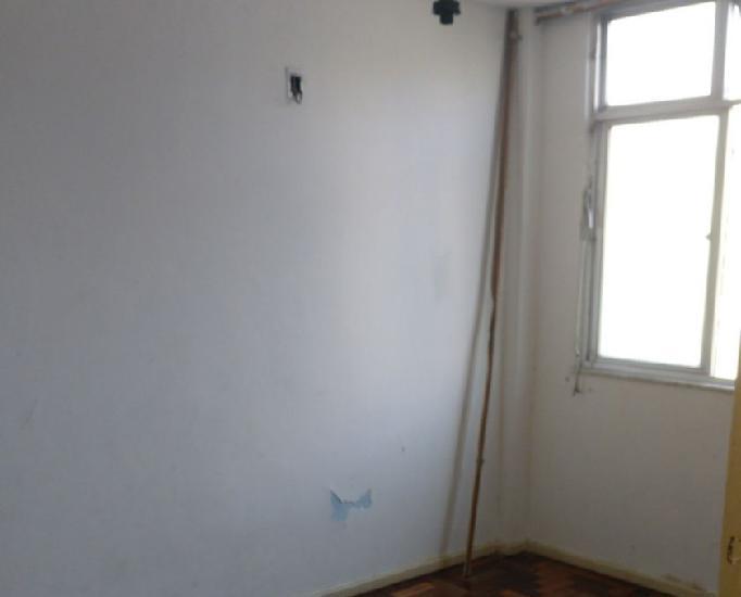 Cidade Alta Cordovil- Aluga-se apartamento 3 quartos