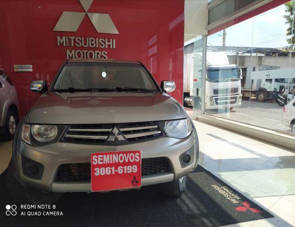 Mitsubishi l200 triton gls 3.2 cd tb int.diesel mec diesel