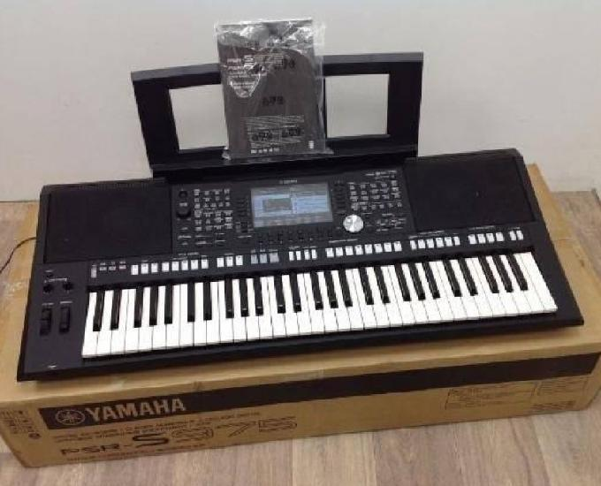 teclado Yamaha PSR s975 novo com garantia