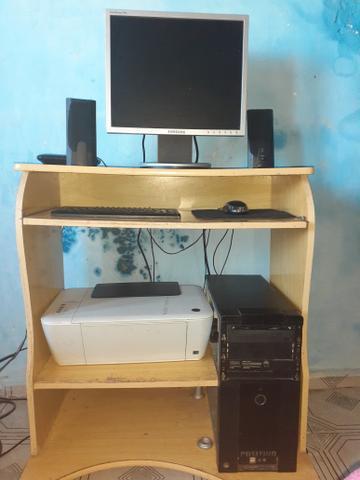 Computador 2g+impressora+mesinha