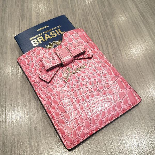 Porta passaporte guess