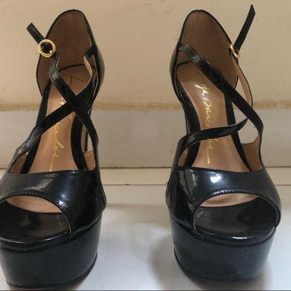 Sandália meia pata luiza barcelos