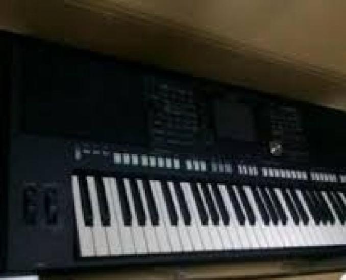 teclado Yamaha PSR s950 novo com garantia