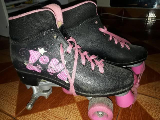 2 patins 1 roller e outro de 4 rodas