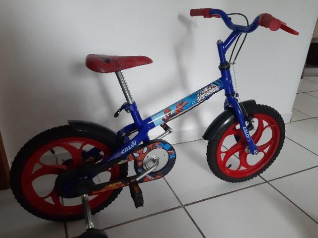 Bicicleta caloi homem aranha, aro 16, original e semi nova