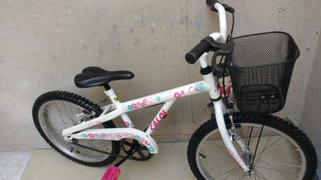 Bicicleta aro 20 caloi ceci praticamente nova