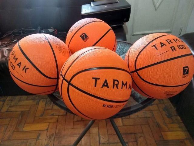Bola de basquete oficial importada, original, nova de