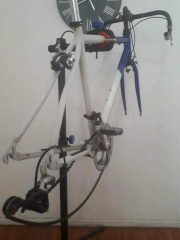 Caloi 12 aro 700 faltando rodas, banco e pedal