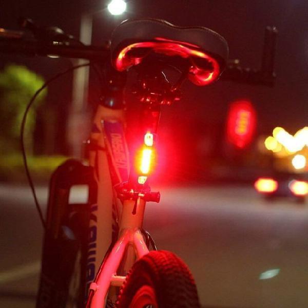 Lanterna pisca traseira bike - recarregável (usb)