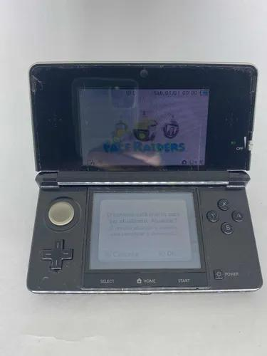 Nintendo 3ds usado com 3 jogos