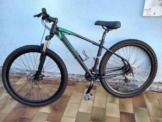 Vendo ou troco mountain bike high one