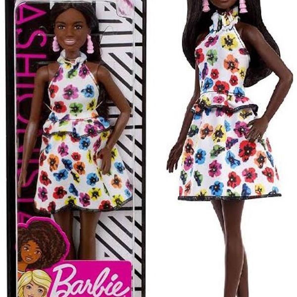 Barbie fashionistas doll 106 original mattel