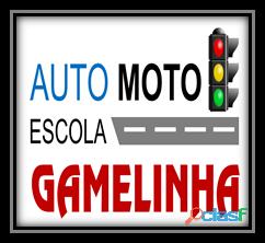 Auto Moto Escola Gamelinha trabalha na formação de condutores.