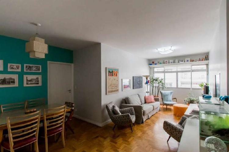 Apartamento com 03 dormitórios na vila olímpia