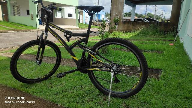 Bicicleta caloi aro 26 semi-nova