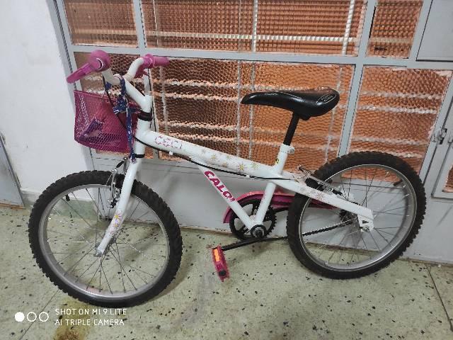 Bicicleta aro 20 feminina caloi