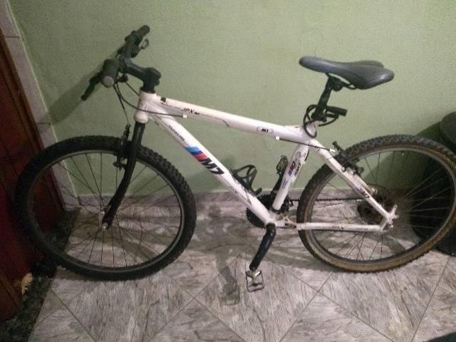 Bike aro 26 com peças shimano r$600