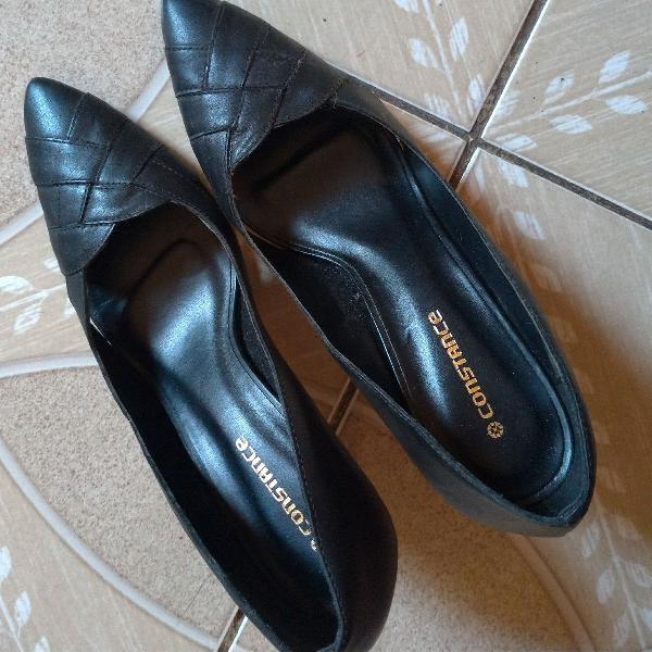 Scarpan preto de couro tamanho 40