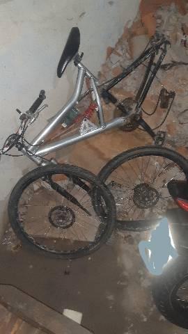 Vendo essa bicicleta freio a disco