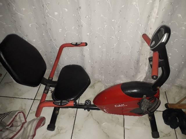 Bicicleta ergométrica horizontal, usada tbm em