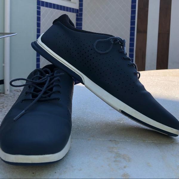 Sapato zara azul escuro 42