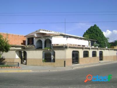 Funeraria En Venta En Mariara, Carabobo 503 M2.