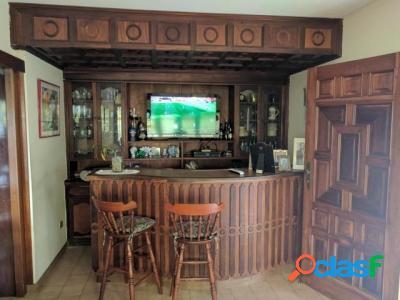 500 M2. Hermosa Casa Quinta en Venta en Terrazas de los Nisperos 2
