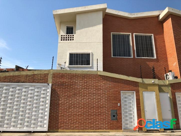 250 m2. en venta espectacular casa, manantial naguanagua, edo. carabobo