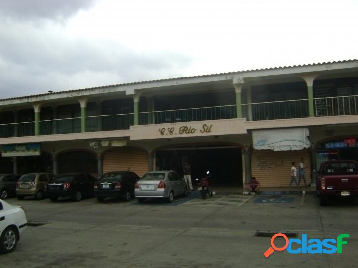 32 m2. local y/o oficina en venta en cc rio sil, naguanagua