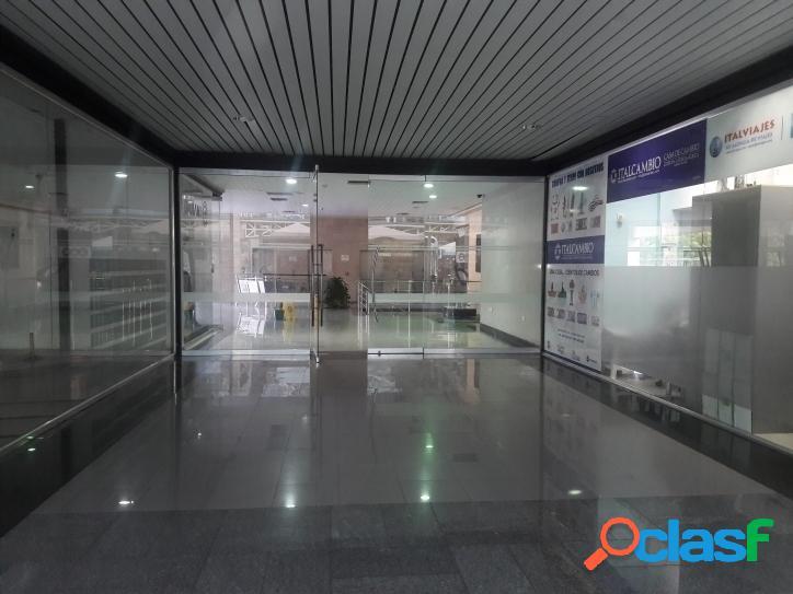 40 Metros Local Comercial en Venta en C.C Cristal 2
