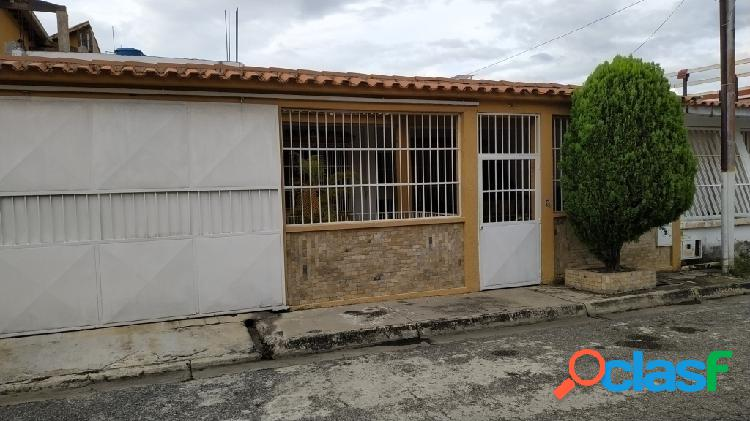 170 m2 CASA EN VENTA VALLE VERDE SAN DIEGO 1