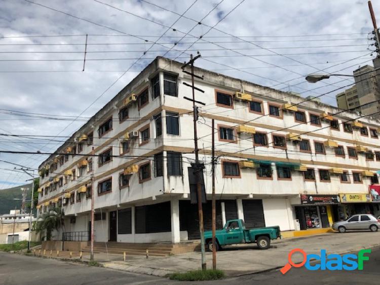 67 m2. en venta bello y cómodo apartamento naguanagua casco central