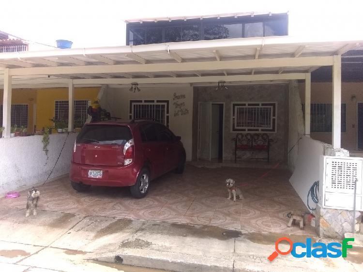 Venta de casa en san diego, urbanización lomas de la hacienda