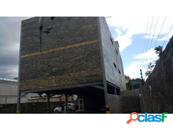 (2000 mts) edificion con gimnasio en av bolivar