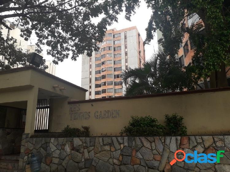 Apartamento En Venta En La Granja, Naguanagua 76 m².