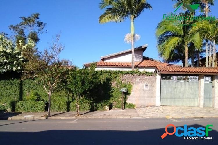 Casa 3 quartos quintal grande volpi angatuba sp