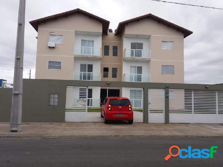 Apartamento no centro de ilha comprida