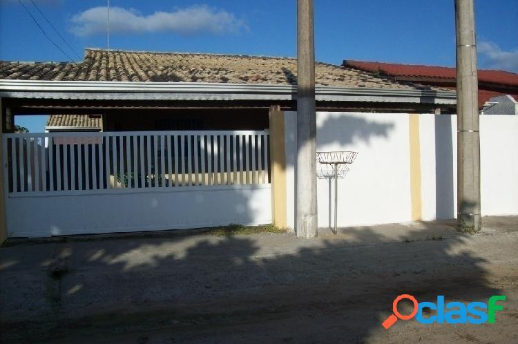 Casa no balneário marambaia em ilha comprida