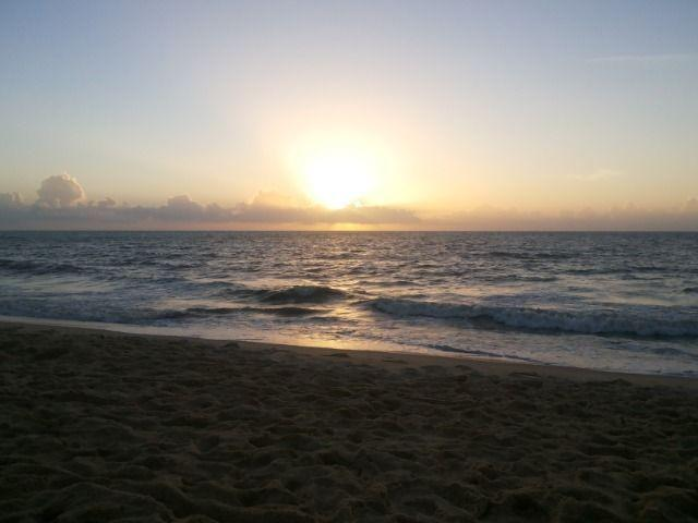 3 quartos, excelente localização na praia da costa