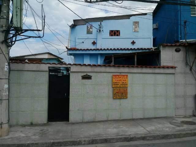 Alugo casa em vila tranqüila ao lado da vila militar