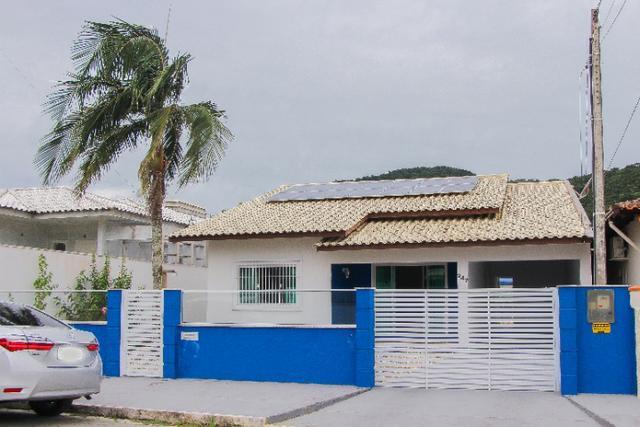 Casa pertinho da praia e do parque em penha, casa ampla com
